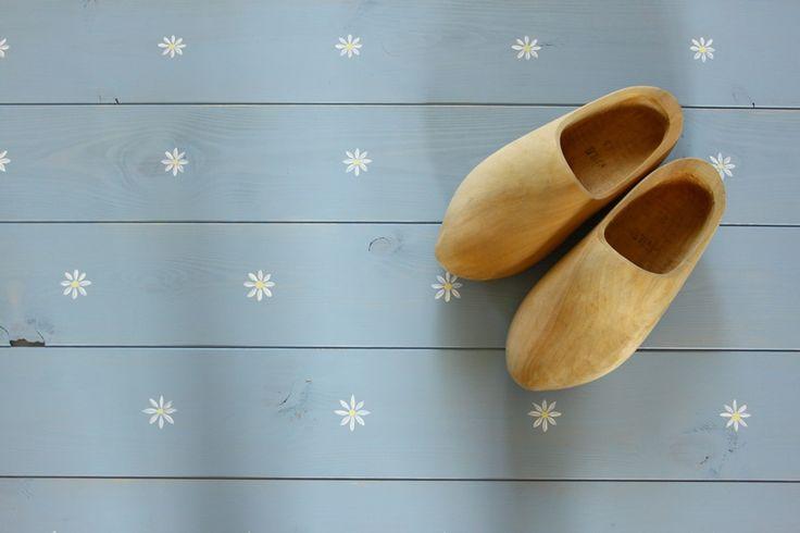 Minimargarétás hajópadló, ami nemcsak Hollandiában állja meg a helyét : ))) - wood floor - flowers - home decor
