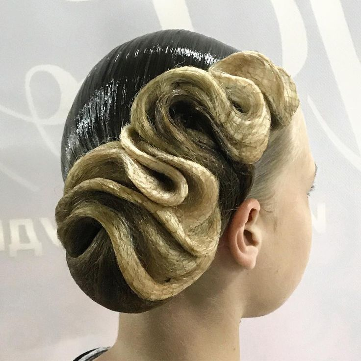 """131 Likes, 2 Comments - Виктория Шувалова (@victoriya_shu) on Instagram: """"Hairstyle by @victoriya_shu! #vikistyle #hairstyle #hairstylist #hairstylistfordance #makeup…"""""""