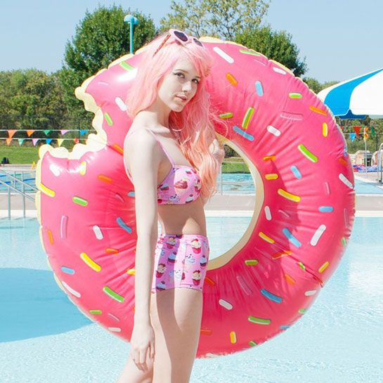 How To Wear Pink Every. Single. Day. Seriously #refinery29  http://www.refinery29.com/mermaidens-pink-instagram#slide7
