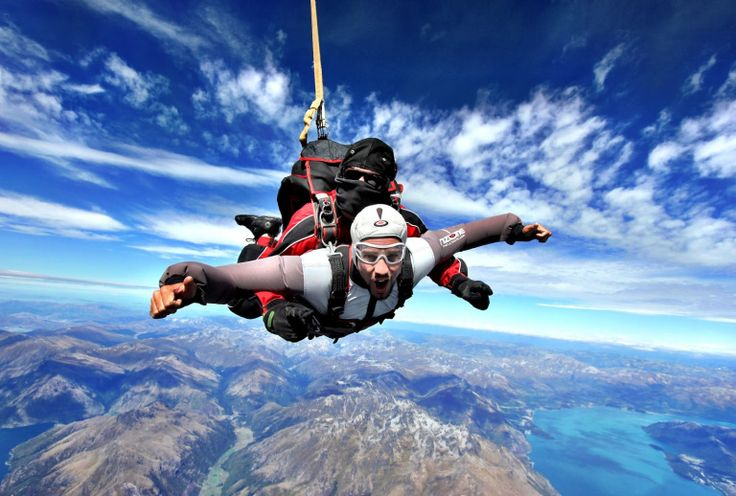 Top 100 Things to Do in Australia | Sky diving over Great Barrier Reef