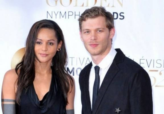 Joseph Morgan with his girlfriend, Persia White. Fyi- She's the actress who played Bonnie's mom on TVD!