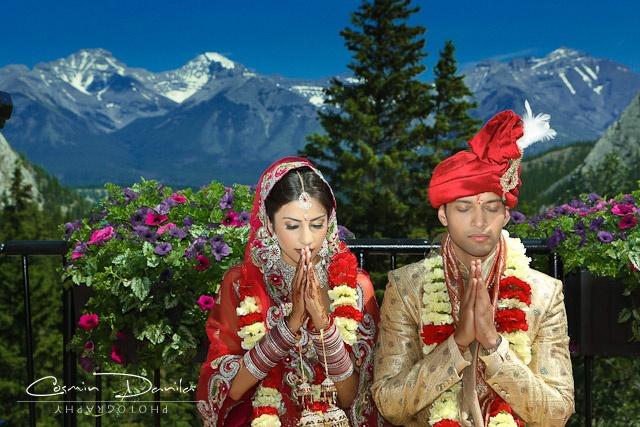 Geetika-Anup-Indian-Wedding-Photography-Hindu-Destination-Wedding-Banff-32.jpg (640×427)