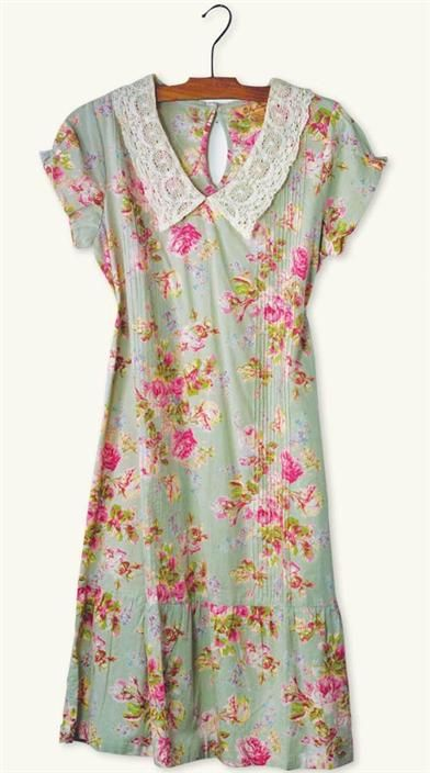APRIL CORNELL VICTORIA DRESS - Vintage Cotton Floral Dress. Perfect breezy summer dress!