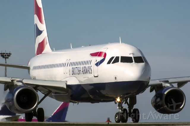 British Airways A320 (G-EUUU)