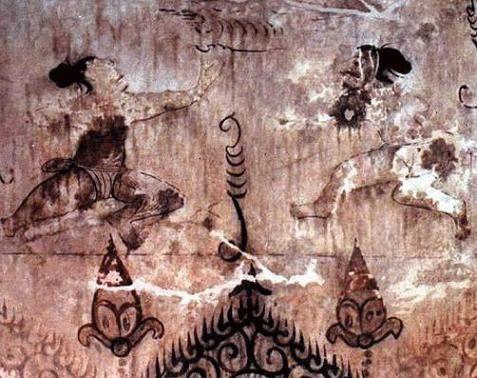 고구려 무용총 벽화  현재 중국 길림성에 있는 고구려의 무용총 벽화입니다. 두 사람이 맞서서 대결을 하고 있는 모습입니다. 날갯짓을 하는 듯한 손동작이 가장 먼저 눈에 띕니다. 손 기술을 쓰는 우리 고대 무예 '수박(手搏)'입니다. 현재 택견의 고대 형태라고 알려져 있는 무예입니다. 당시에는 심신수련과 더불어 호신술로 쓰이는 무인들의 '필수' 무예였다고 합니다.