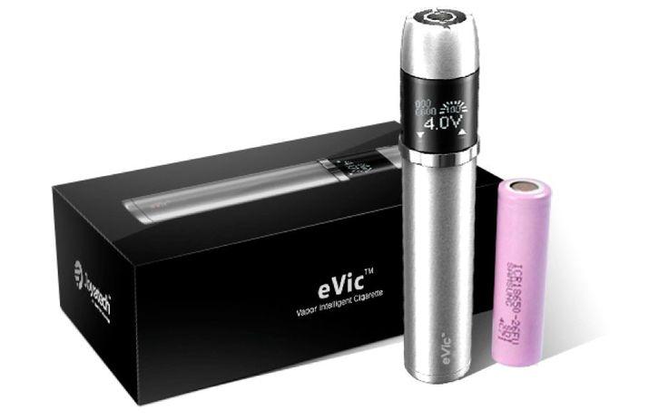 Joyetech Evic Vapor Intelligent Cigarette  De revolutionaire eVic heeft een visuele besturingssysteem die in staat is in het opnemen en beheren van uw damp geschiedenis.  Tegelijertijd kan het mens-machine interactie realiseren door hem te verbinden met uw  computer en zal u dan duidelijk uw damp gegevens tonen. Bovendien, de extra grote capaciteit geeft u de hele dag  om van uw eVic gebruik te kunnen maken.
