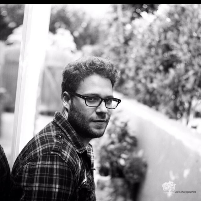 If given the option to marry any celebrity in the world, most girls would choose Ryan Gosling, Zac Efron, etc etc. I would choose Seth Rogen. Hands down.