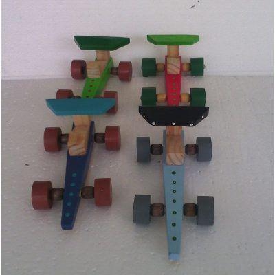 Juguetes De Madera Carros De Carrera Juego Didactico - Bs. 1.000,00