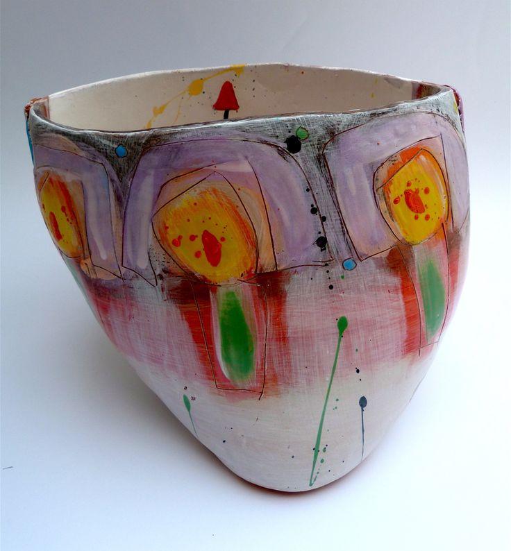 Slipware decorative pot, © Linda Styles Ceramics 2014