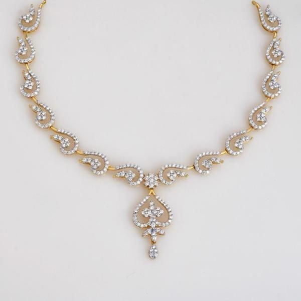 Diamond Necklace Chokers That Are Stunning Diamondnecklacechokers Diamond Wedding Jewelry Diamond Necklace Designs Diamond Jewelry Designs