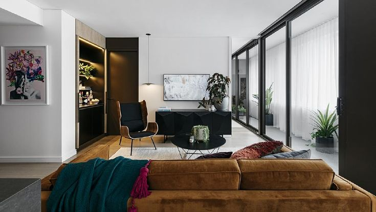 Shannon Vos styles an apartment in two distinct ways. Photography by Felix Forest.