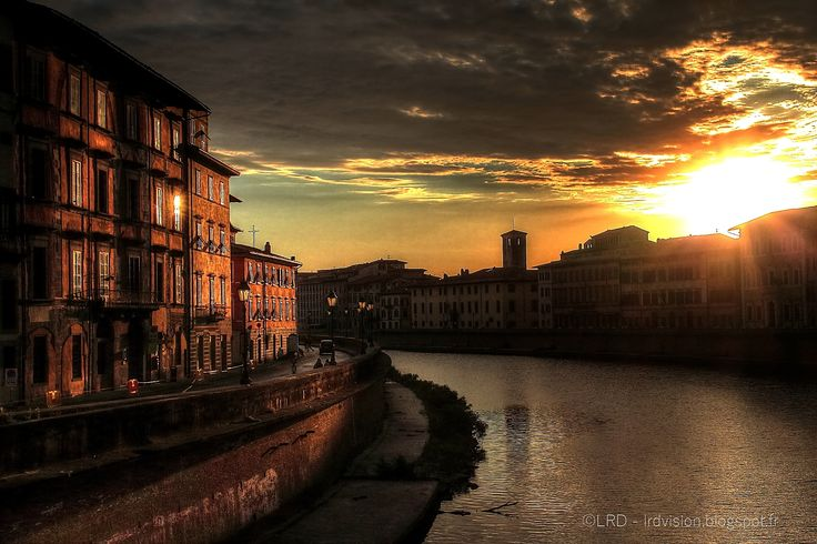The world through my eyes: Pisa and Arno river