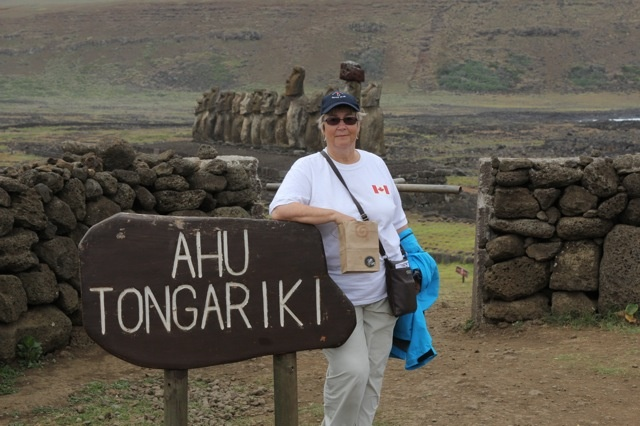 The Gift of Art bag also made it to Easter Island! Now that is a first, for sure. Thanks again Lorel!