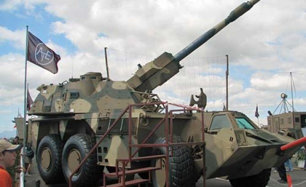 South African designed and manufactured G6 can shoot its standard projectile to a range of 30km, base-bleed projectiles to a range of 39km, or V-Lap projectiles to 50km!! It fires at a rate of 3 rounds per minute. It is the world's most powerful gun on a self-propelled chassis.