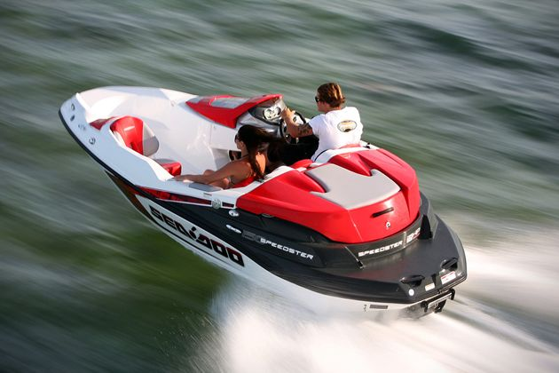 Love the maneuverability of a jet ski, but want the storage and sport activity capabilities offered from a small boat? Then the 4 passenger Sea-Doo 150 Spe