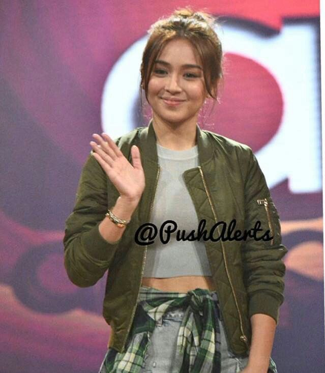 This is the pretty Kathryn Bernardo smiling for the camera while preparing for her hosting stint with Janella Salvador and Liza Soberano on ASAP at ABS-CBN Studio 10 last February 7, 2016. Indeed, Kathryn is one of my favourite Kapamilyas, and she's an amazing Star Magic talent. #KathrynBernardo #TeenQueen #ASAP #ASAPBigReunion
