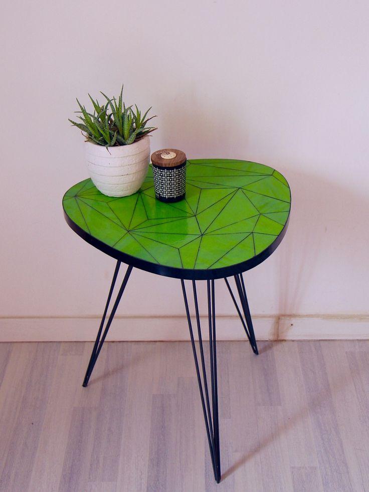Table d'appoint - verte - verre - géométrique - triangles