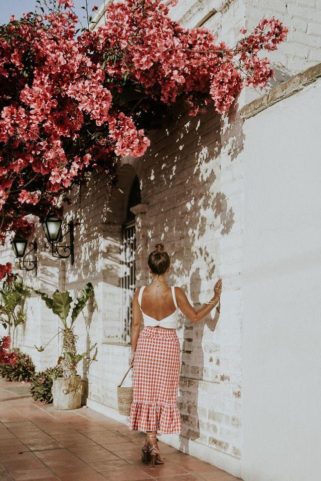 Hola chicas! hoy os traigo de nuevo una sesión de fotos en una de las esquinas mas preciosas que encontramos en Todos Santos, Baja California Sur. Las casitas blancas, rodeadas de un pequeño jardín co