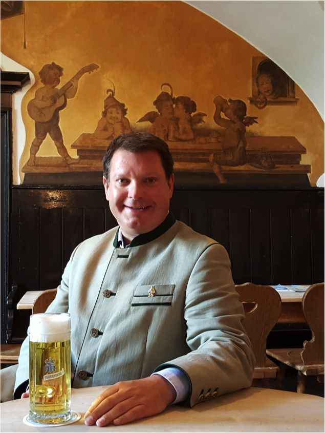 Peter Hubert, unser Wirt seit mehr als 10 Jahren!  https://www.facebook.com/Braustuberl
