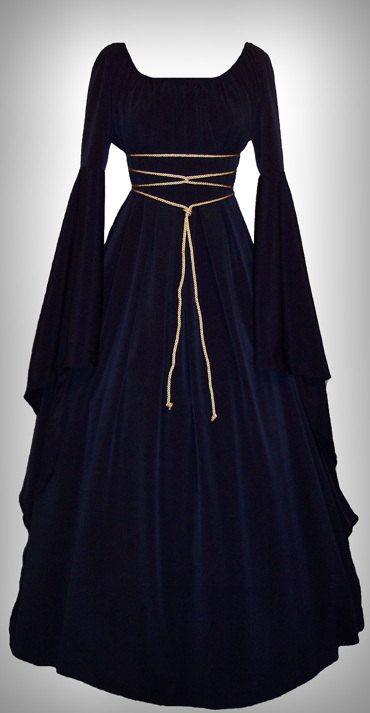 Linda inspiração de vestido medieval azul. #casamento #criativo #castelo…