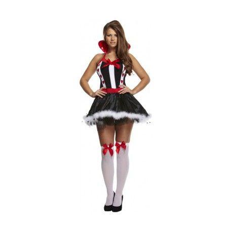 Met dit hartenvrouw kostuum ben je op zijn minst een opvallende verschijning. Dit sexy hartenvrouw kostuum is totaal iets anders dan veel mensen van je zullen verwachten. Het hartenvrouw kostuum doet denken aan de wizard of ozz, maar toch ook weer niet.  Het sexy hartenvrouw kostuum bestaat uit een jurk inclusief de bijbehorende kraag.