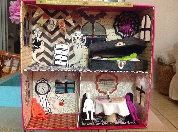 halloween diy haunted house shoebox dollhouse. Black Bedroom Furniture Sets. Home Design Ideas