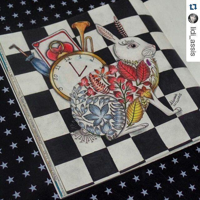 """Super criativo!!!! O mundo de Alice é super mágico e nos dá diversas inspirações para os coloridos!!!!! #Repost @lidi_assis with @repostapp ・・・ """"It's late, late, late."""" #florestaencantada #colorindo #referencia #artecomoterapia #enchantedforest #jardimsecreto #secretgarden #johannabasford #coloriage #coloring #aliceinwonderland #alicenopaisdasmaravilhas #instacoloring #instaart"""