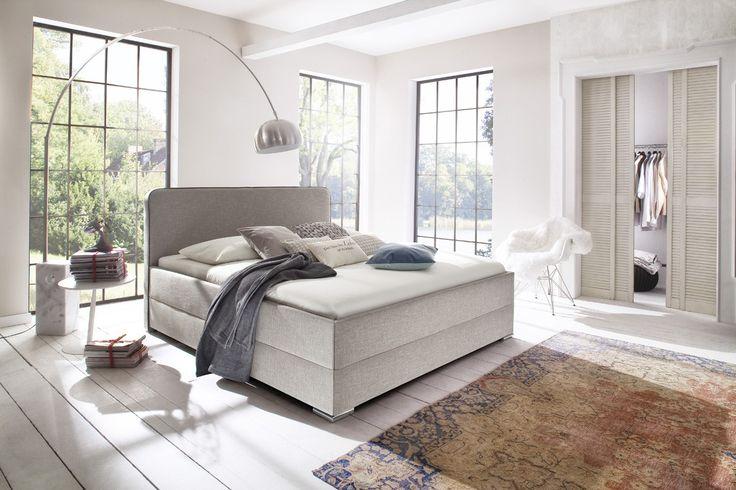 Kona beżowe łóżko sypialniane w miękkiej tkaninie