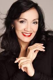 Caridad Canelon.  es una actriz venezolana. Su carrera artística se ha moldeado, a lo largo de los años, a través de su participación en variados proyectos, que la han ayudado a convertirse en la profesional actriz que se puede ver actualmente en televisión.