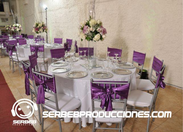 9 mejores im genes sobre decoraci nes de bodas berenjena - Imagenes de mesas con manteles ...