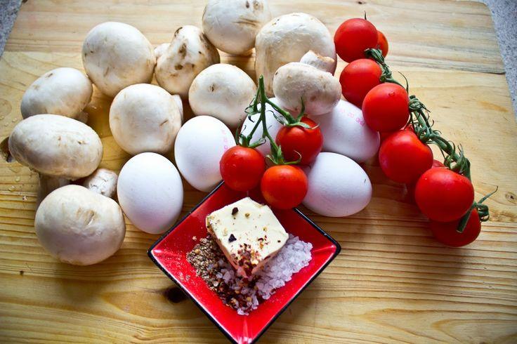 10WBC - Eier mit gebratenen Champignons und Kirschtomaten