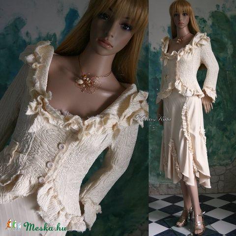 """""""Szirmoska"""" - alternatív menyasszonyi kosztüm, Esküvő, Ruha, divat, cipő, Esküvői ruha, Menyasszonyi ruha, Meska"""