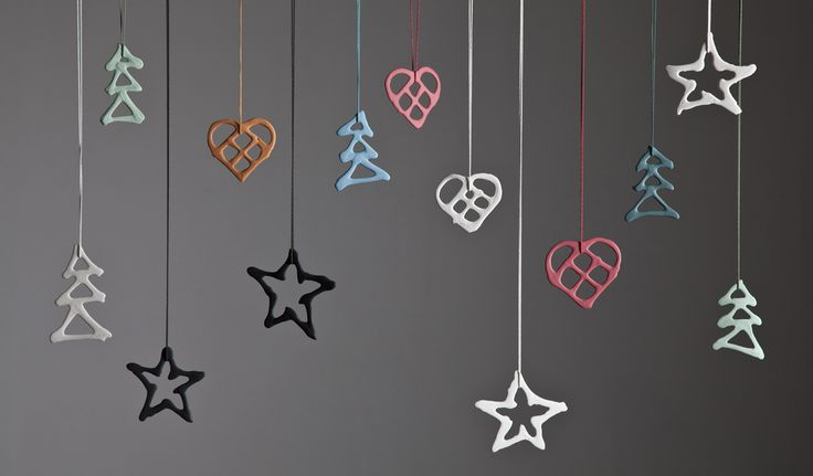 Christmas ornaments in porcelæn. Find more information at rank.dk