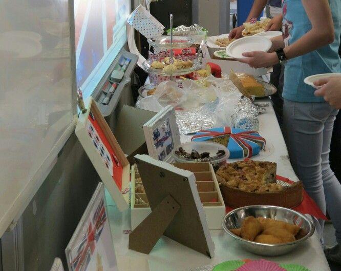 Union Jack taart. 1 havo/vwo tweetalig organiseerde een high tea