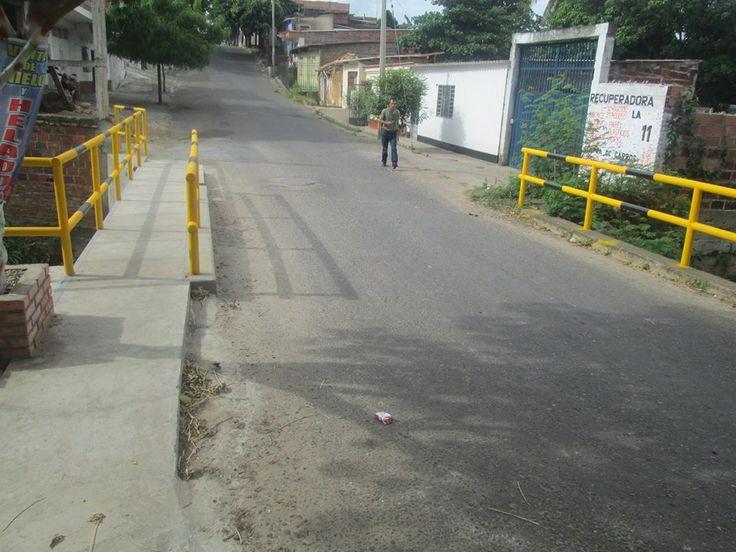 Venezolana en Colombia apuñaló a su novio en el tórax -  Una venezolana en Villa de Rosario, Colombia, identificada como Jackeline Alejandra Quijada Enrique, de 21 años, presuntamente apuñaló a su novio en el tórax, quien se encuentra en grave estado de salud. Autoridades informaron que es suceso fue el pasado sábado en horas de la madrugada,en la ca... - https://notiespartano.com/2018/01/15/venezolana-colombia-apunalo-novio-torax/