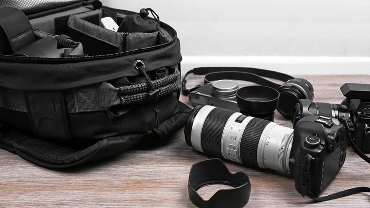 Camera-Bag Stuffers: Great Gear and Gifts for Photographers!