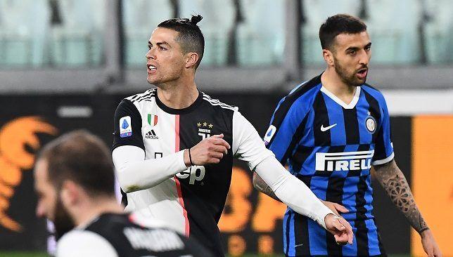 أندية الدوري الإيطالي تحدد الموعد النهائي لاستئناف الموسم سبورت 360 حددت الأندية الإيطالية الموعد النهائي الذي يمكن فيه Varsity Jacket Sports Jersey Varsity