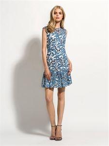 Laura Bernal vestido corto azul disponible www.enriquepellejeromoda.com