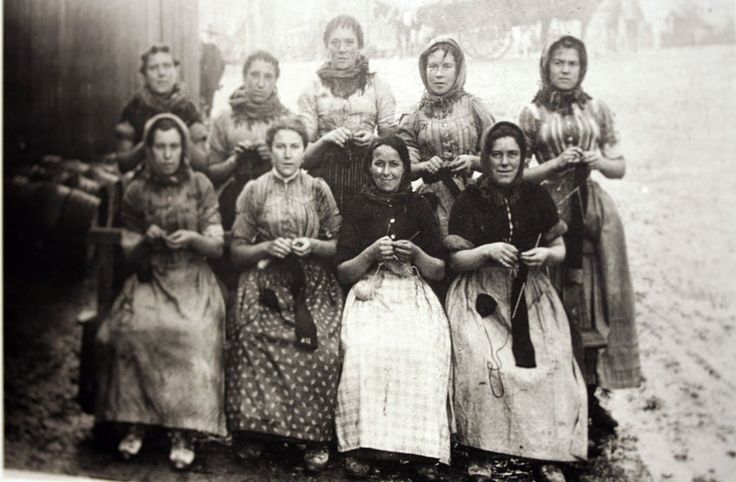 Knitting Clubs Melbourne : Best images about art black and white beauty photos