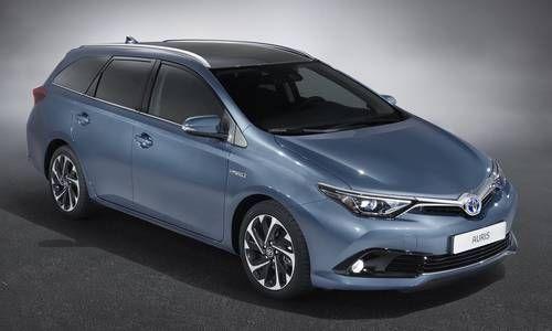 #Toyota #AurisTouringsports. Le break au forte personnalité que émane prestance et raffinement.