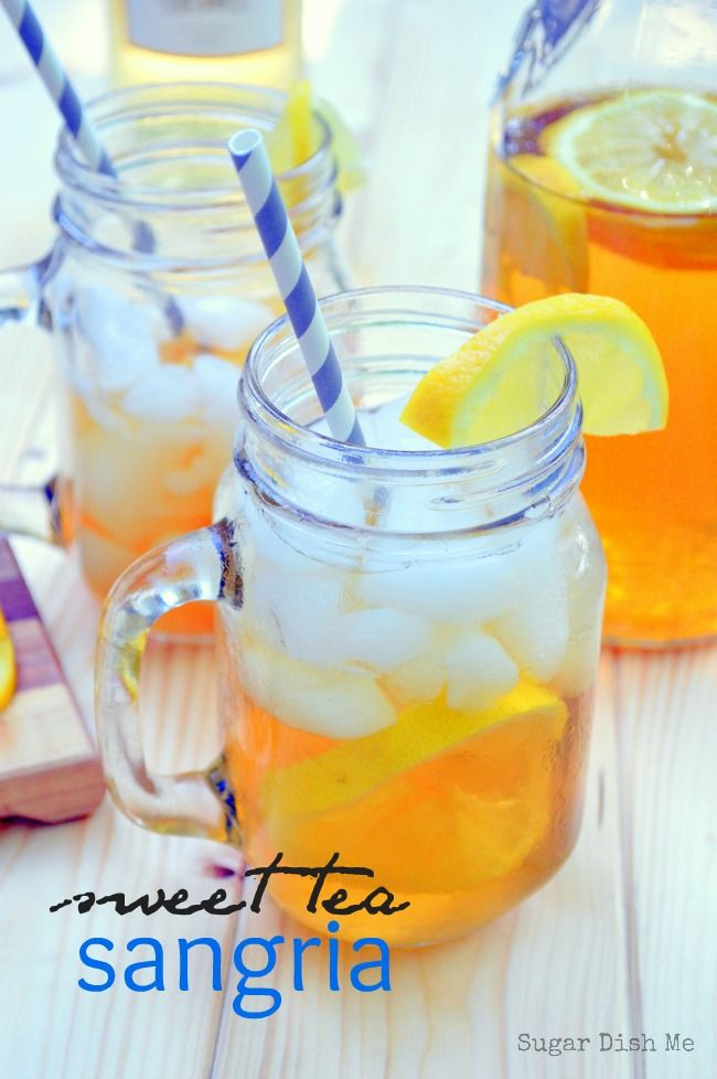 Sweet Tea Sangria on www.sugardishme.com freshly brewed sweet tea, white wine, and fruit make a totally refreshing summer drink! Perfect for your backyard BBQ!