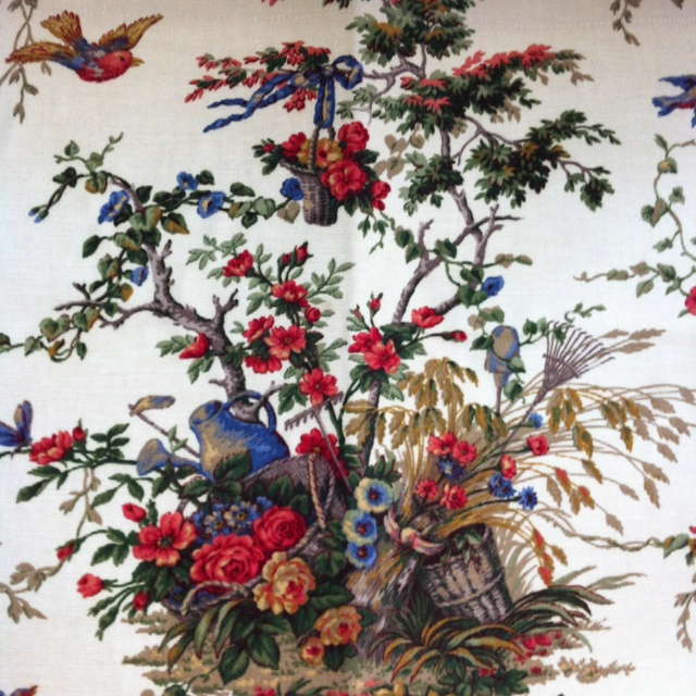 Decorating Ideas Toile Fabric: 74 Best French Country Fabrics Images On Pinterest
