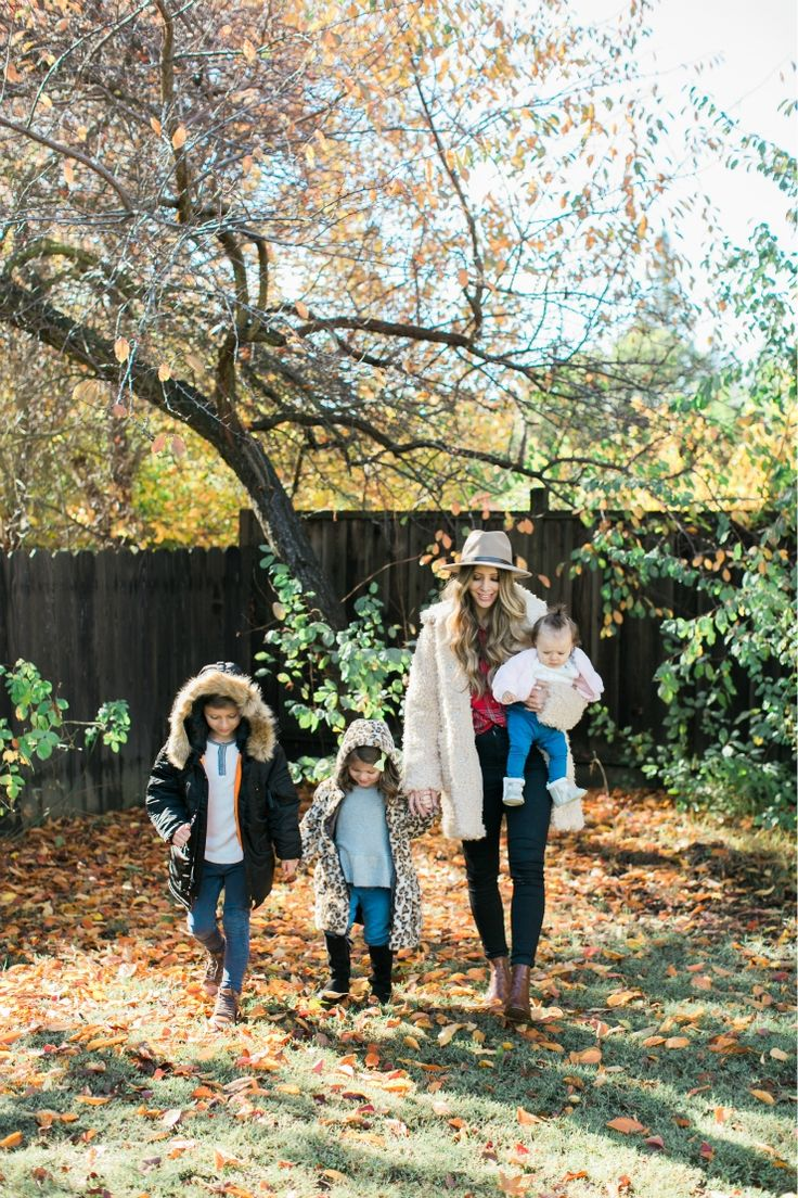 Winter Coats at Nordstrom | family winter coats | winter accessories for the family | best winter coats for kids | womens winter coats | winter style ideas | winter fashion tips | family winter style || The Girl in the Yellow Dress #wintercoats #familystyle #winterfashion