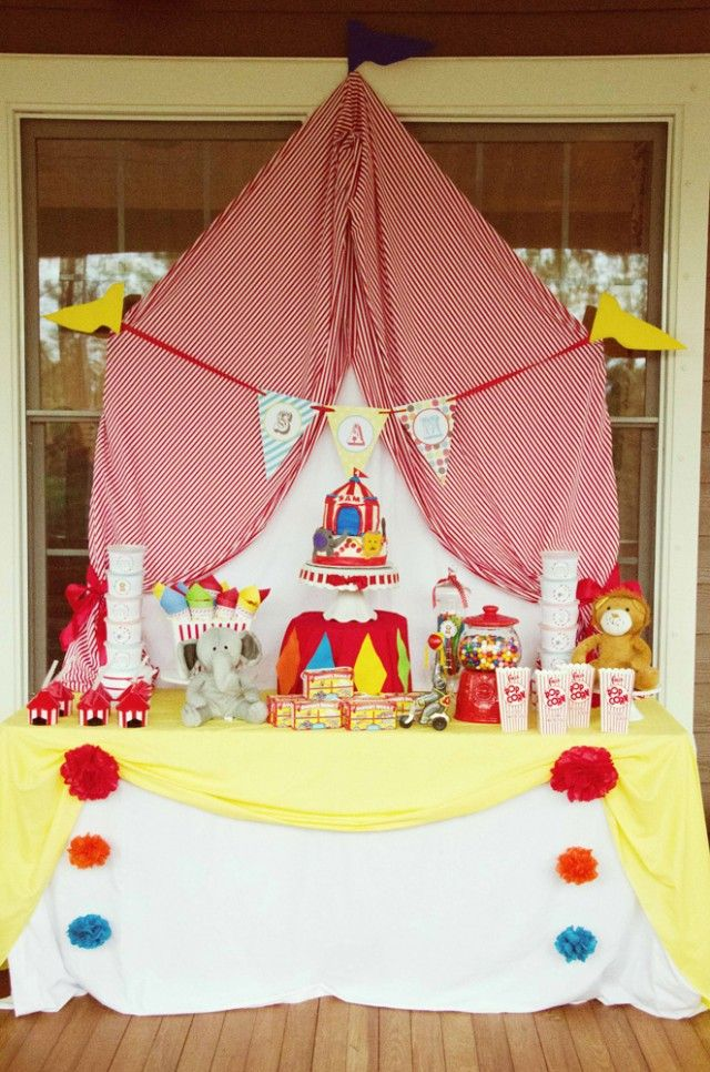 A Whimsical Circus First Birthday Party : Anders Ruff Custom Designs :