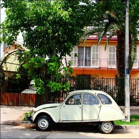 Santiago de chile vintage car by la ciudad al instante  Joyita ;) #laciudadalinstante #santiago #chile #instagram #instagrammers…