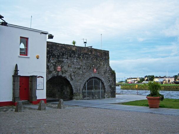 spanish_arch.jpg More photos like this at Galway Photographs Site http://www.galwayphotographssite.com