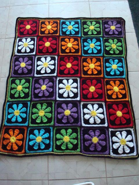 Striking gerber daisy afghan FREE crochet Pattern