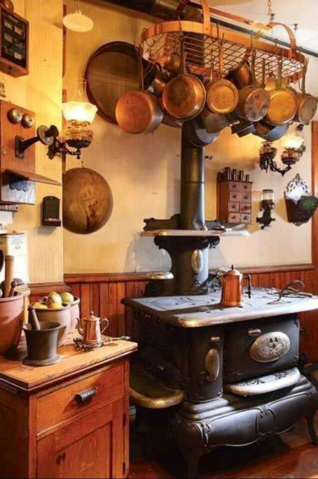 44 best images about victorian era kitchens on pinterest for Victorian kitchen ideas