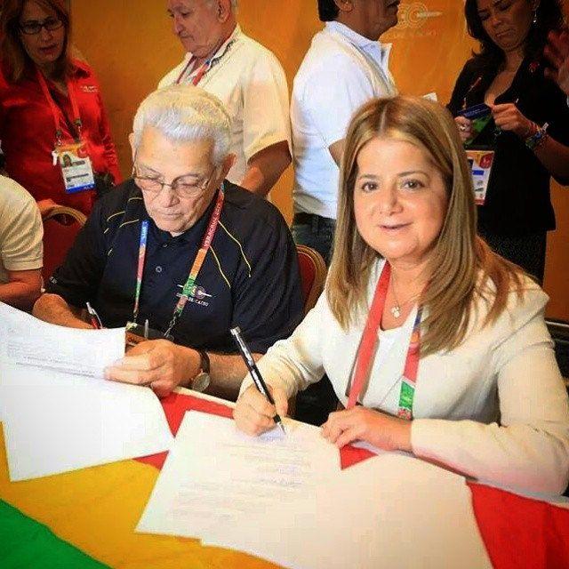 Con esta firma fortalecemos nuestro compromiso de hacer los mejores Juegos Centroamericanos y del Caribe. #Barranquilla2018