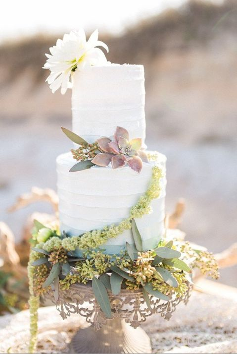 Small 2-tier wedding cake for English tea garden themed wedding. Styled Shoot | Cake by Alleycakes Jacksonville